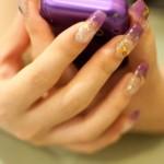 爪のお手入れで指先を綺麗に見せる